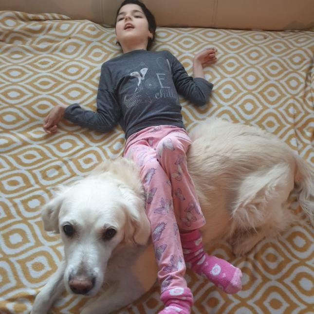 Eminka stále pozná, kdy ji Kačenka potřebuje